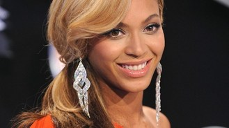 Beyonce honoured for magazine piece