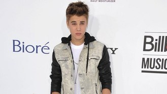Bieber facing quiz over scuffle