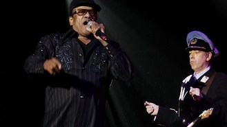 Bobby Womack gets cancer all-clear