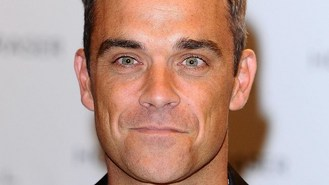 Robbie Williams to become a father