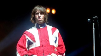 Beady Eye among Stone Roses support
