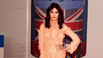 Stars shine on Brits red carpet