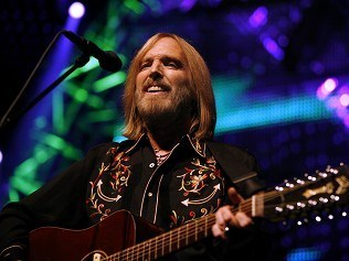 Tom Petty to headline isle festival