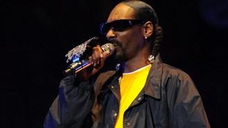 Snoop publishes smokable songbook