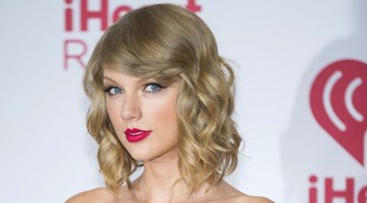 Taylor Swift trademarks partying like it's 1989