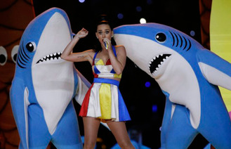 Katy Wows Super Bowl With 4 Costume Changes, A Giant Lion And Dancing Sharks