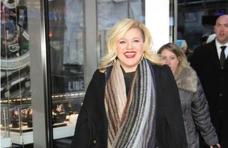 Kelly Clarkson feared career was over