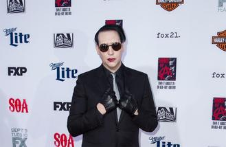 Marilyn Manson punched in the face