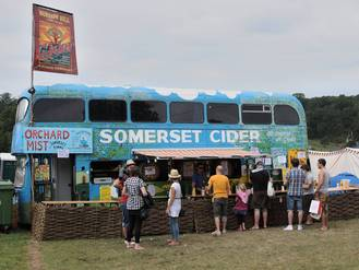 Glastonbury 2015: Iconic Somerset Cider Bus sparks huge concern after breaking down