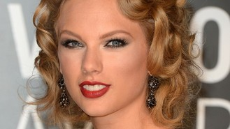 Swift reveals dancefloor 'triumph'
