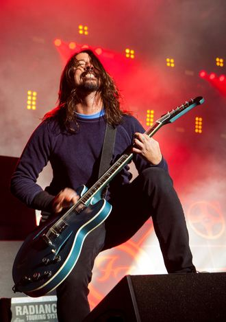 Foo Fighters announce they will play at Glastonbury 2015