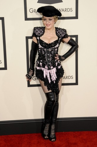 Madonna considers a switch to comedy